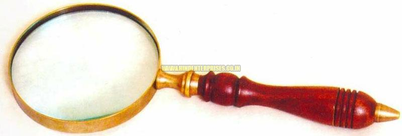 Magnifying Glass with Wooden Handle