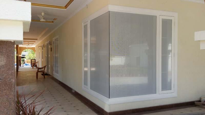Window Corner 02