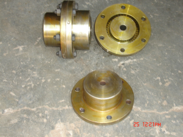 Half Gear Half Rigid Coupling 01
