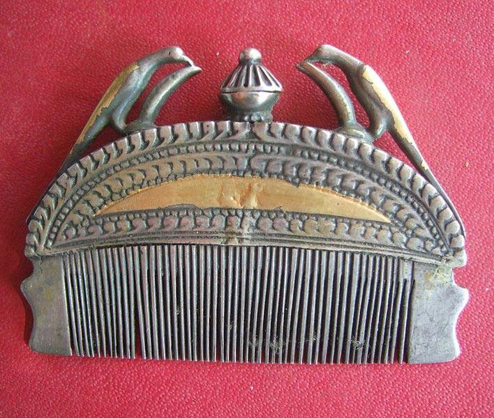 Indian_antique_comb