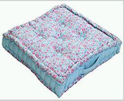 Box Cushion 03