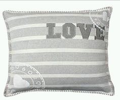 Living Pillow 02
