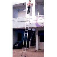 Aluminium Broad Step Single Ladder-01