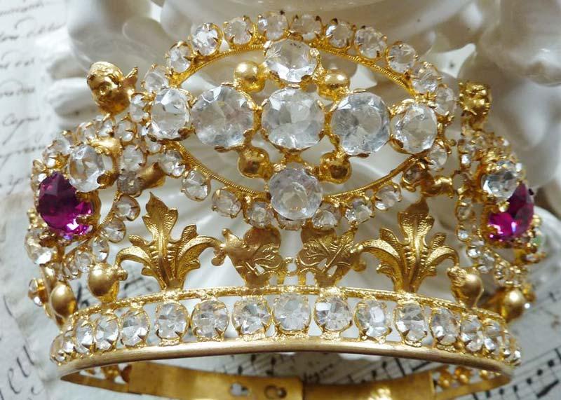 Tiara Crowns
