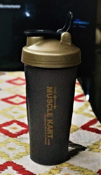 700 ml Gym Shaker with Spring 04