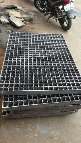 Heavy Duty Anti Skid Gratings