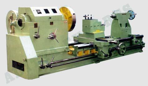 Heavy Duty Lathe Machine 01