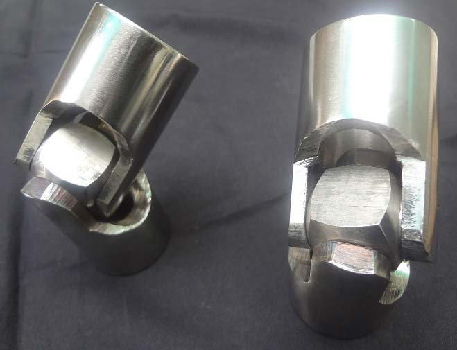 Standard Universal Joints Manufacturer, Exporter & Supplier