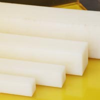 Nylon Square Rods