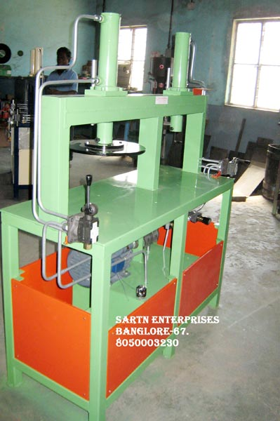 Hydraulic Double Cylinder Machine