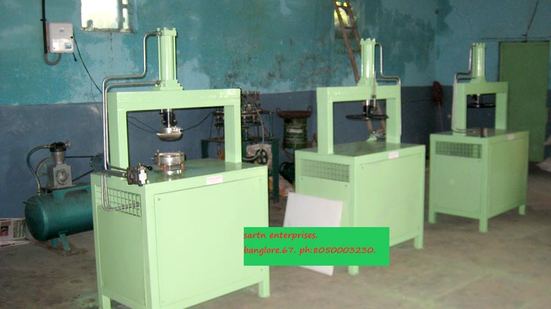 Multi Purpose Hydraulic Paper Cutting & Plate Forming Machine