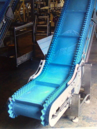 Sidewall Cleated Belt Conveyor 01