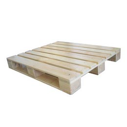 4 Way Wooden Pallets 02