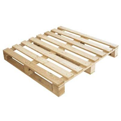 4 Way Wooden Pallets 03