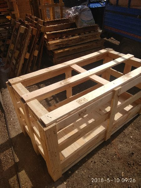 Heat Treated Pine Wooden Crate