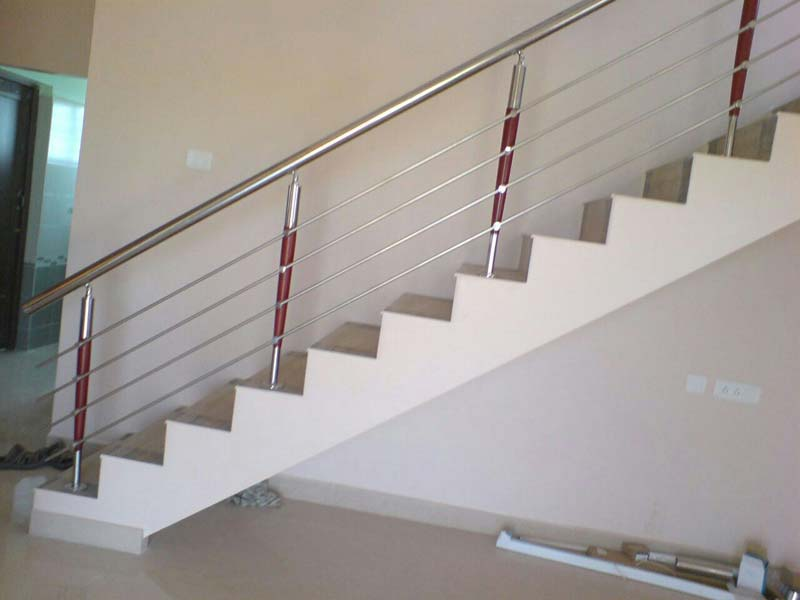 Stainless Steel With Wooden Railings Manufacturer
