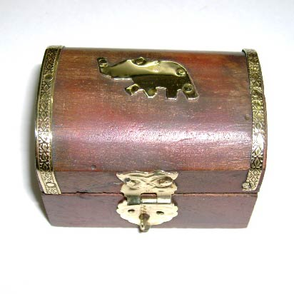 Horn and Bone Box (JB-10)