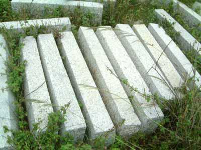 Striped Kerb Stones