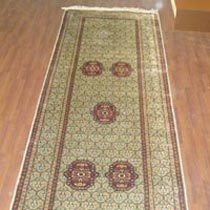 Single Knotted Carpet (2.6x10)