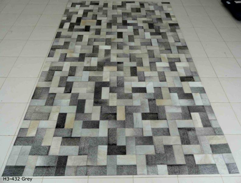 H3-432 Grey-Hair On Carpet