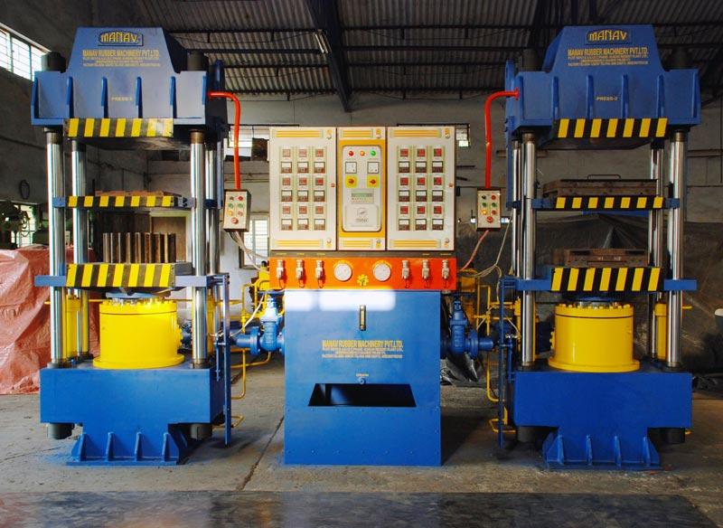 250Ton 28 x 28 - Two D. Light PLC base Hydraulic Press