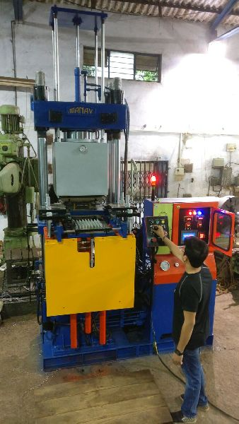 Fully Automatic Vacuum Type  Rubber Molding Machine