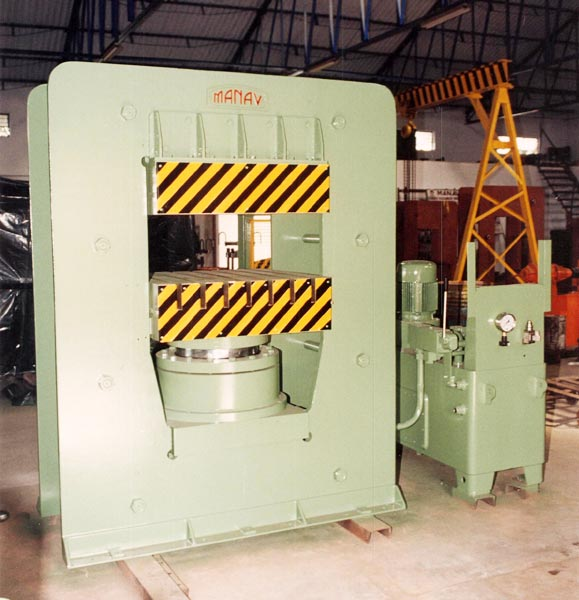 Fully automatic vacuum type rubber molding machine 32X32