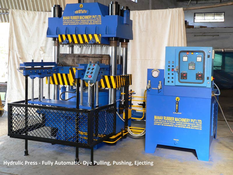 Fully automatic vacuum type rubber molding machine 01