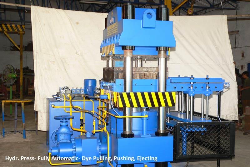 Fully automatic vacuum type rubber molding machine 02