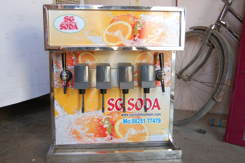 4+2 Soda Fountain Machine 02