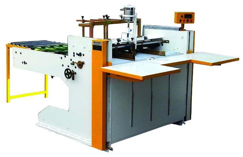 Semi Auto High Speed Flap Gluing Machine 02