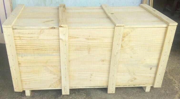Pine Wooden Box 01