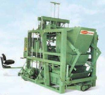Concrete Block Making Machine with Feeder (1752)