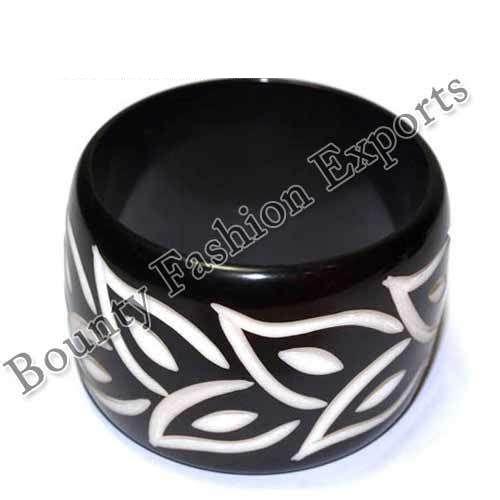 Black And White Flower Resin Bangles
