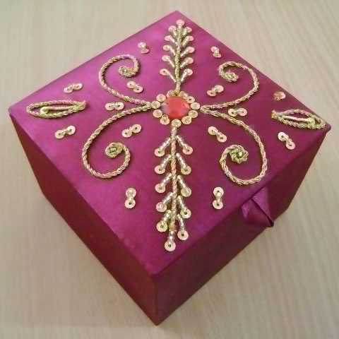 Decorative Beaded Boxes 02