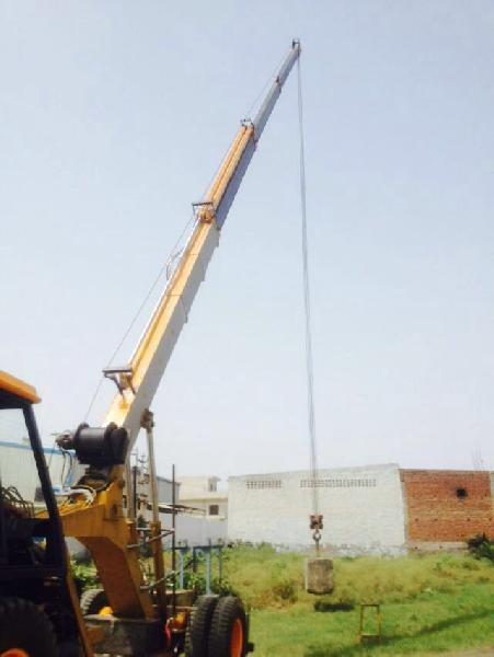 15 Ton Hydraulic Mobile Truck Crane 02