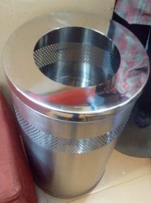 Stainless Steel Deluxe Dustbins