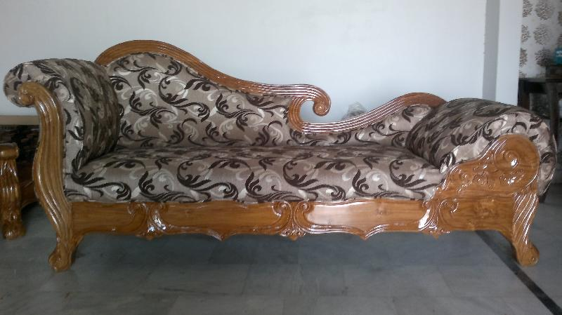 Wooden Diwan Sofa Manufacturer Exporter Supplier In