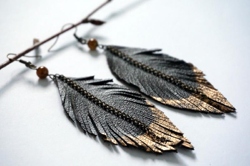 Ladies Leather Earrings 03