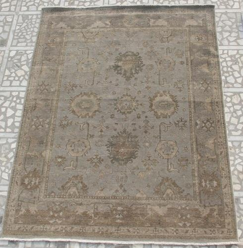 Hand Knotted Wool Carpet 02