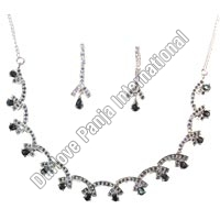 Silver Necklace Set (28gm)