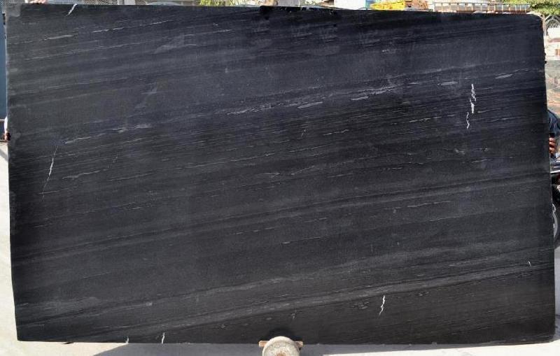 Carbon Black Polish 01