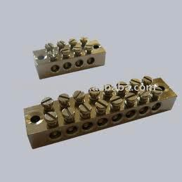 Brass 8 Way Earth Block-30