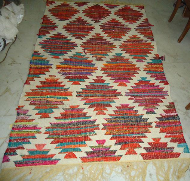 Woolen Cotton Chindi Rug (Item Code : RUWCC005)