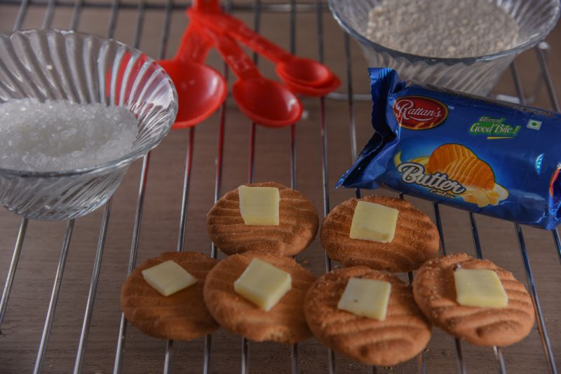 Butter Cashew Biscuits 02