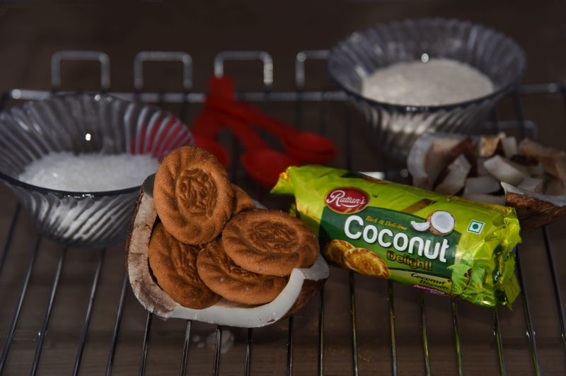 Coconut Delight Biscuits 01