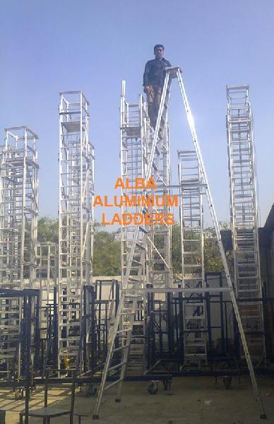 Aluminium Self Support Ladder with Railing 02