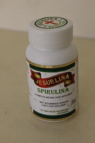 Spirulina Capsules 04
