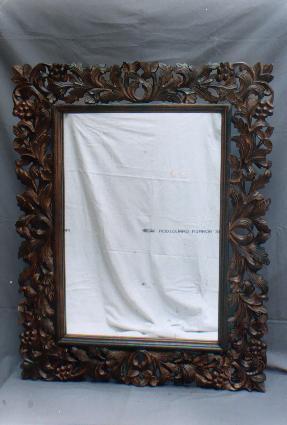 Wooden Mirror Frames 01