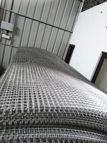 Galvanized Iron Welded Mesh Sheets 04